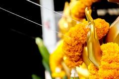 Guirnalda de la flor para la adoración el Buda Fotografía de archivo libre de regalías