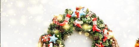 Guirnalda de la Navidad Año Nuevo Día de fiesta de la Navidad stock de ilustración