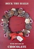 Guirnalda de la Navidad de la galleta del chocolate Imagenes de archivo