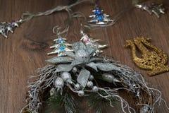 Guirnalda de la plata de la Navidad Fotografía de archivo