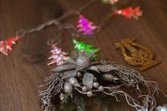 Guirnalda de la plata de la Navidad Imagenes de archivo