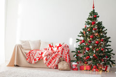 Guirnalda de los regalos del Año Nuevo del árbol de navidad Foto de archivo