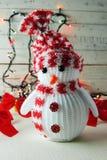 Guirnalda del muñeco de nieve y de la Navidad Foto de archivo