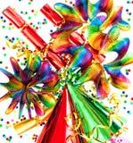 Guirnaldas de las decoraciones del partido, flámula, confeti Foto de archivo libre de regalías