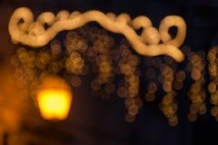 Guirnaldas de las luces de calle de la Navidad Fotos de archivo libres de regalías