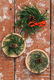 Guirnaldas del advenimiento de la Navidad Fotografía de archivo libre de regalías