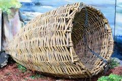 Guirnaldas, mimbre, aparejos de pesca fotografía de archivo libre de regalías