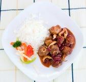 Guisado do rabo de boi com arroz e Vegs Fotografia de Stock Royalty Free