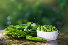 Guisantes verdes org?nicos Prote?na para los veganos foto de archivo libre de regalías