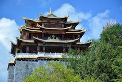 Guishan-Sikloster auf dem Hintergrund des blauen Himmels Shangri-La Stockbild