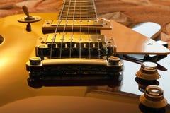 Free Guitar Royalty Free Stock Photos - 17290118