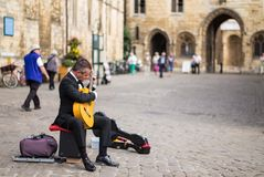 Guitar busker Lincoln Royalty Free Stock Image