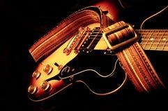 Guitare électrique de cru image stock