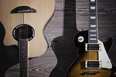 Guitare électrique et acoustique Photos stock