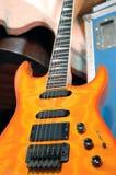 Guitare électrique orange Images libres de droits