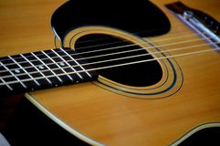 Guitare acoustique photographie stock