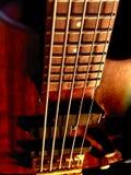 Guitare basse de la chaîne de caractères 5 Photo stock