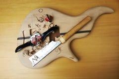 Guitare basse en construction Photographie stock