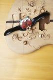 Guitare basse en construction Images libres de droits