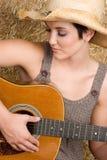 guitare de fille de pays Images stock