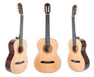 guitare de Six-ficelle d'isolement sur le blanc avec le chemin de coupure Images libres de droits