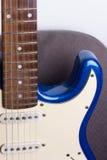 Guitare, noir et blanc électriques et vieux Image libre de droits