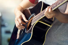 Guitarist on stage, soft focus Royalty Free Stock Photos