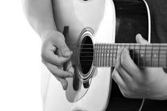 Guitariste acoustique électrique Image stock