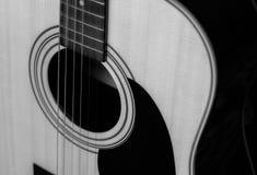 Guitarra acústica do vintage Close-up fotos de stock