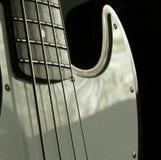 Guitarra baixa 2 Fotografia de Stock Royalty Free