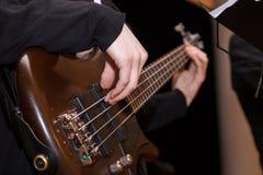 Guitarra baixa Imagens de Stock Royalty Free