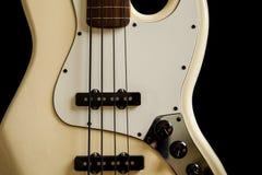 Guitarra baja Fotos de archivo libres de regalías