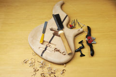 Guitarra baja bajo construcción Foto de archivo libre de regalías
