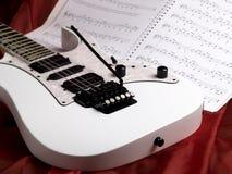 Guitarra branca fotografia de stock