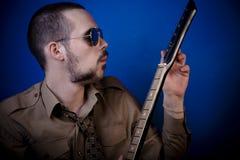 Guitarra de adaptación del eje de balancín Imagenes de archivo
