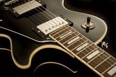 Guitarra de la vendimia Imágenes de archivo libres de regalías