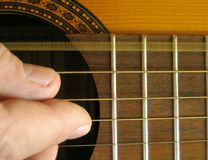 Guitarra - E-Cadena Fotografía de archivo