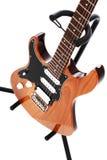 Guitarra eléctrica aislada en el fondo blanco Fotografía de archivo