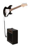 Guitarra eléctrica con el amperio Imagen de archivo libre de regalías
