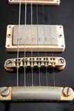 Guitarra eléctrica de la vendimia - sonido de los viejos días Imagenes de archivo