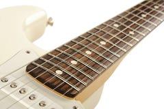 Guitarra elétrica branca Fotos de Stock Royalty Free