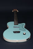 Guitarra fresca Imagenes de archivo