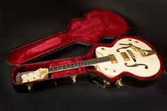 Guitarra hueco de la carrocería Fotografía de archivo