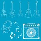 Guitarra, micrófono y amplificador Fotos de archivo