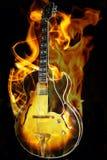 Guitarra no incêndio Fotografia de Stock