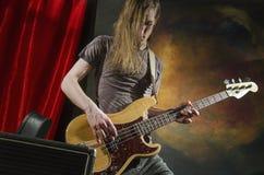 Guitarra player_6 de la roca Imagenes de archivo