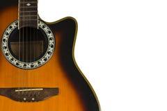 Guitarra velha em um fundo branco. Fotos de Stock