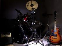 Guitarra y tambores Foto de archivo libre de regalías