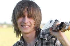 Guitarrista adolescente de sorriso do emo Imagens de Stock Royalty Free