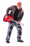 Guitarrista da guitarra acústica que joga detalhes Foto de Stock